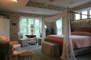 The rooms at Mountain Thyme Bed and Breakfast Inn are warm, peaceful, and romantic.