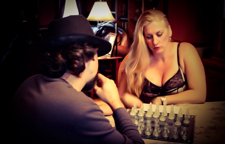 Battle of the Sexes Chess